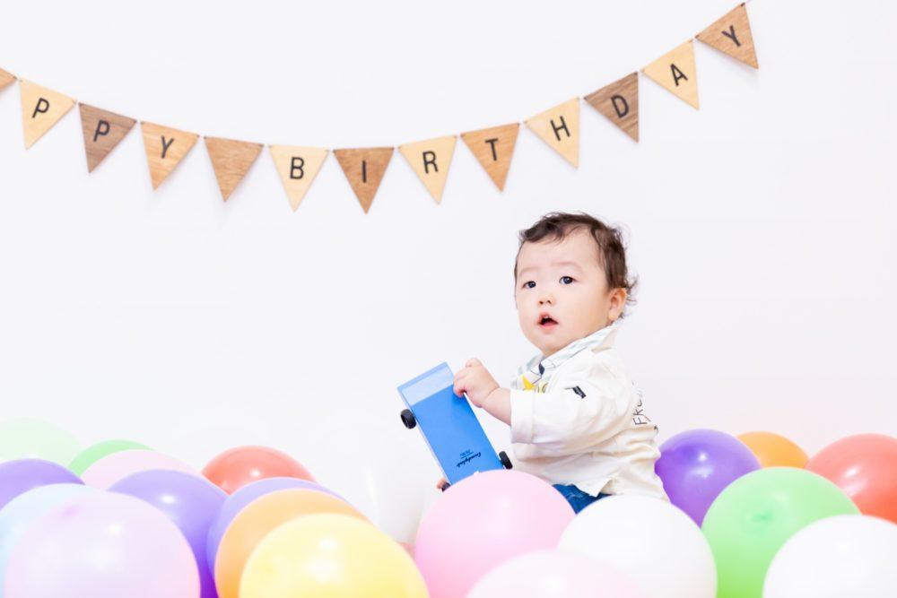 1歳誕生日 フォトスタジオ 風船
