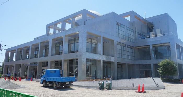 海老名市立図書館 工事中